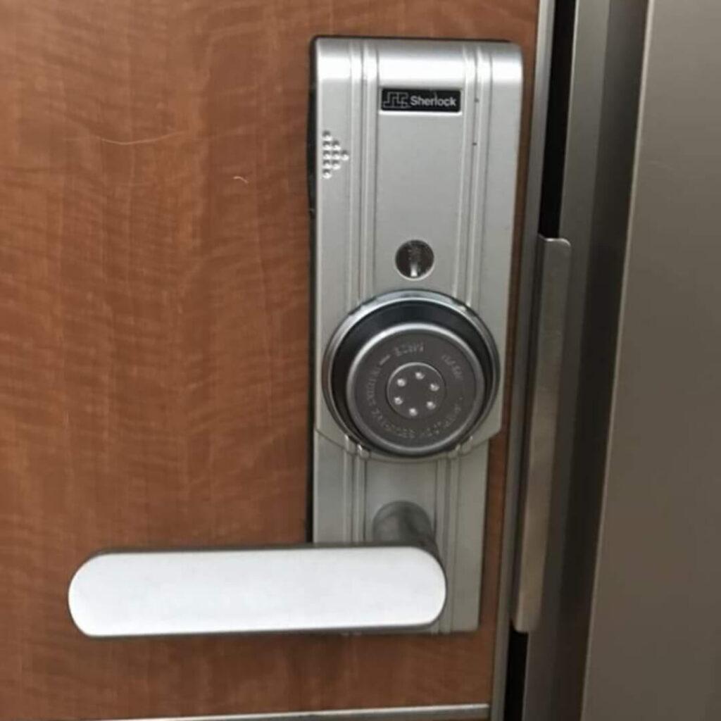 シャーロック「カードキー」の解錠に対応する鍵屋