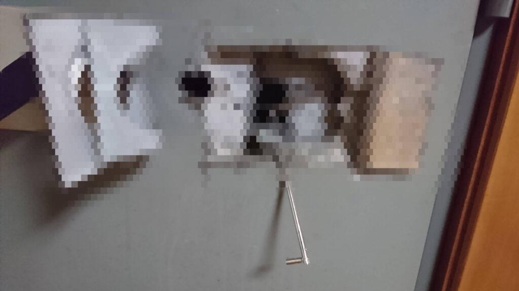 イトーキ金庫の解錠でリロッキング装置が作動