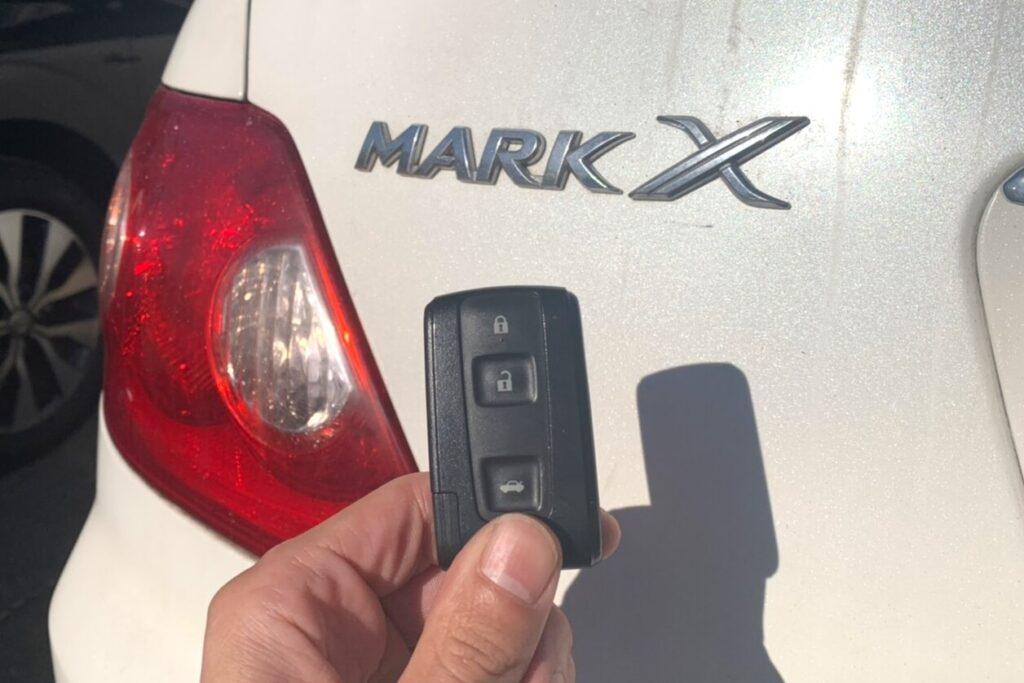 マークX120系の鍵トラブルにも対応可能です!