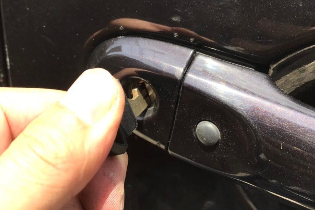 マーチの鍵紛失によるメカニカルキー作製
