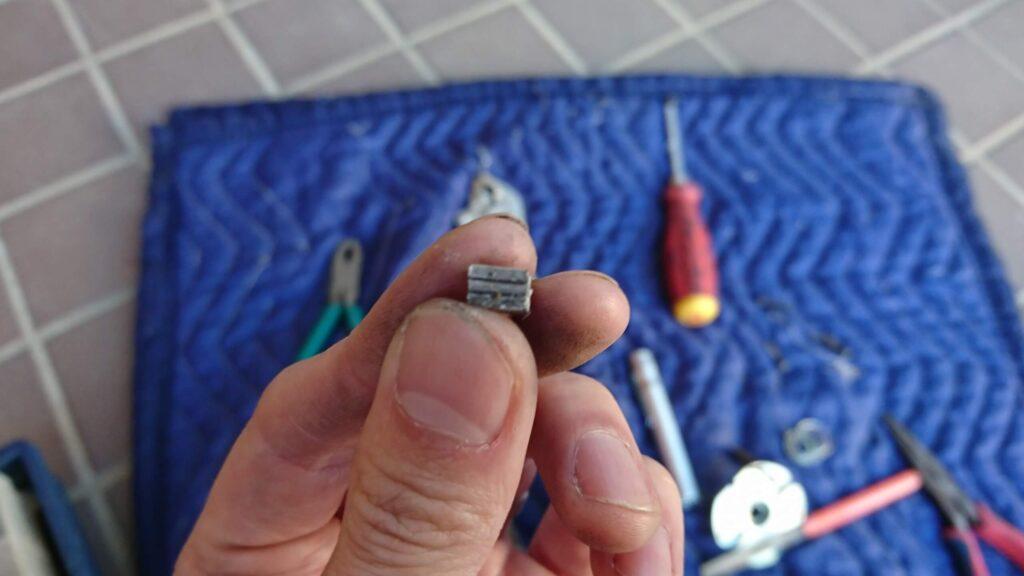 テールピースを加工して錠前修理