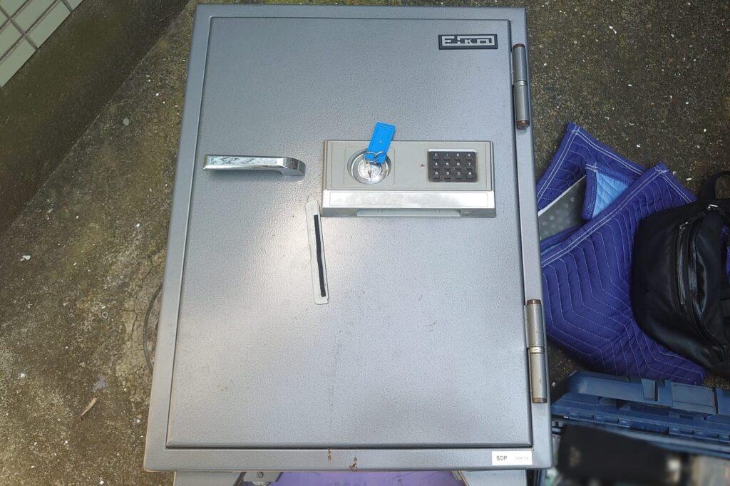 EIKOのテンキー金庫解錠に対応する鍵屋