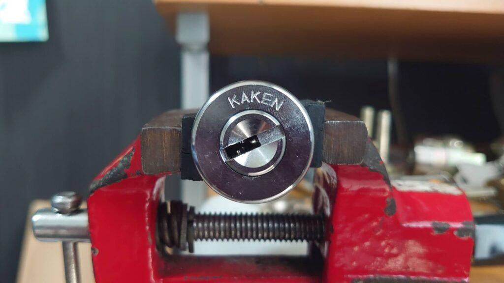 KAKENのベルウェーブキーをピッキングで解錠