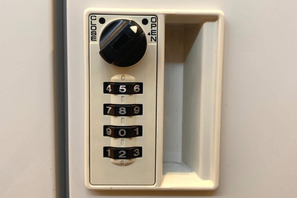 開かないロッカーの鍵開けやダイヤル解錠