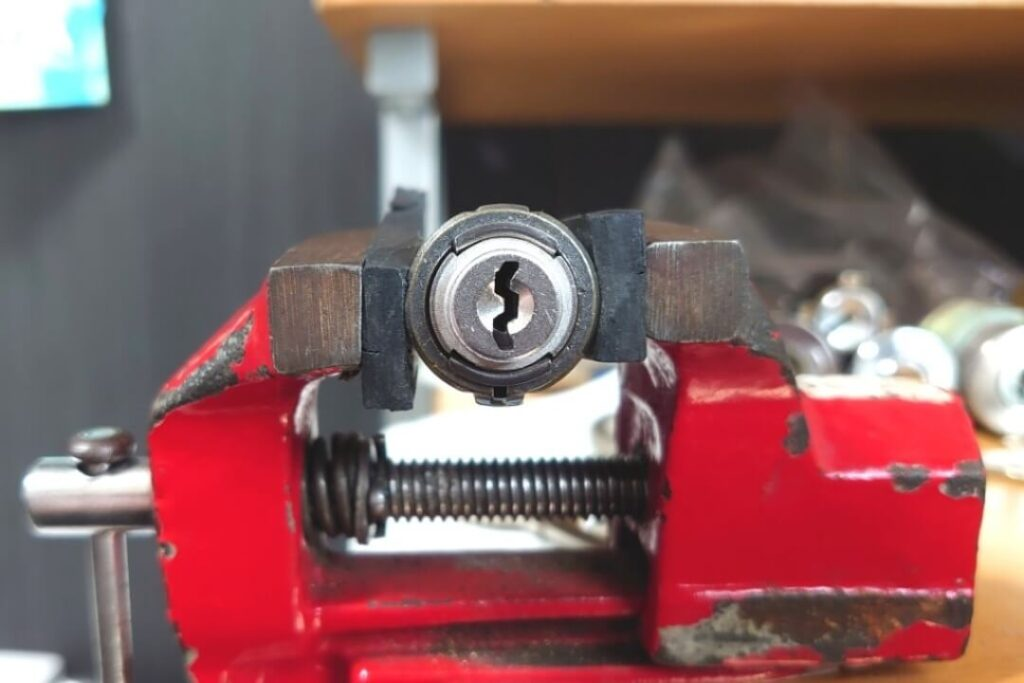 U9ならぬU5のピッキング解錠