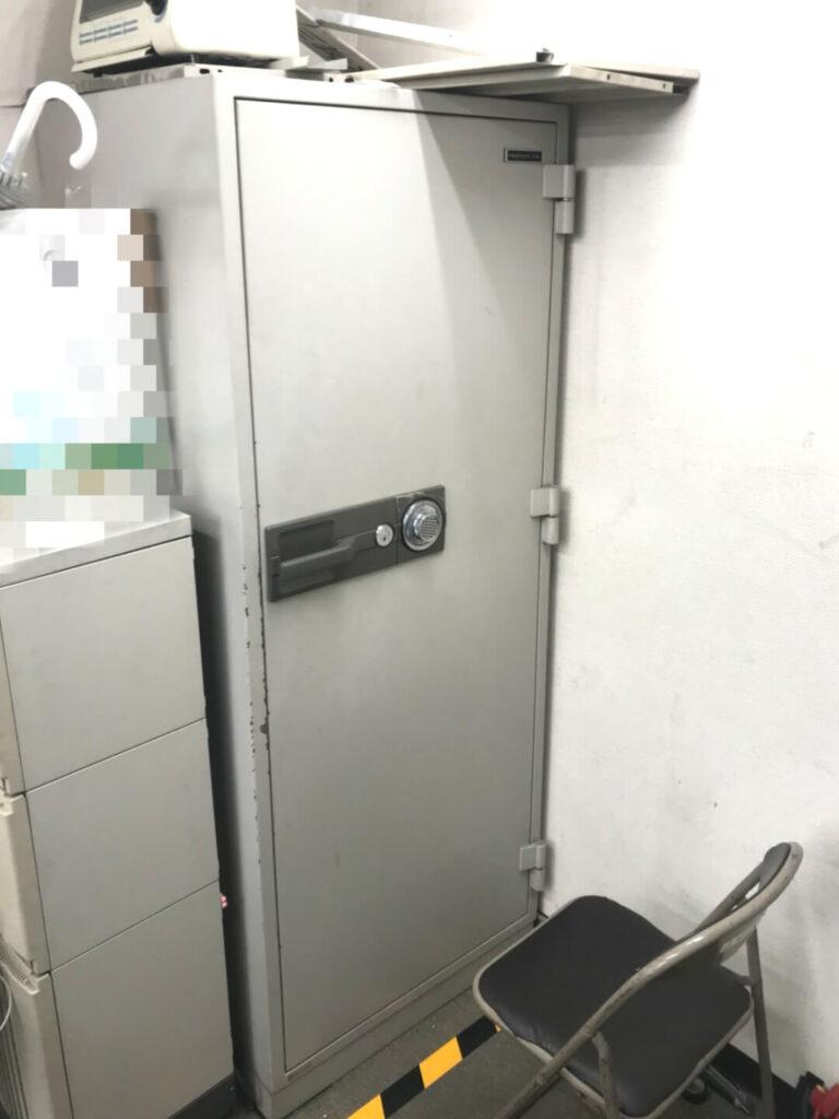 業務用金庫が開かない 鍵&ダイヤル解錠に対応する鍵屋