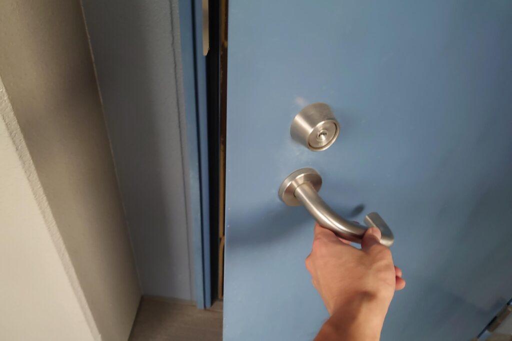 鍵を紛失したことによる防犯サムターンの無傷解錠