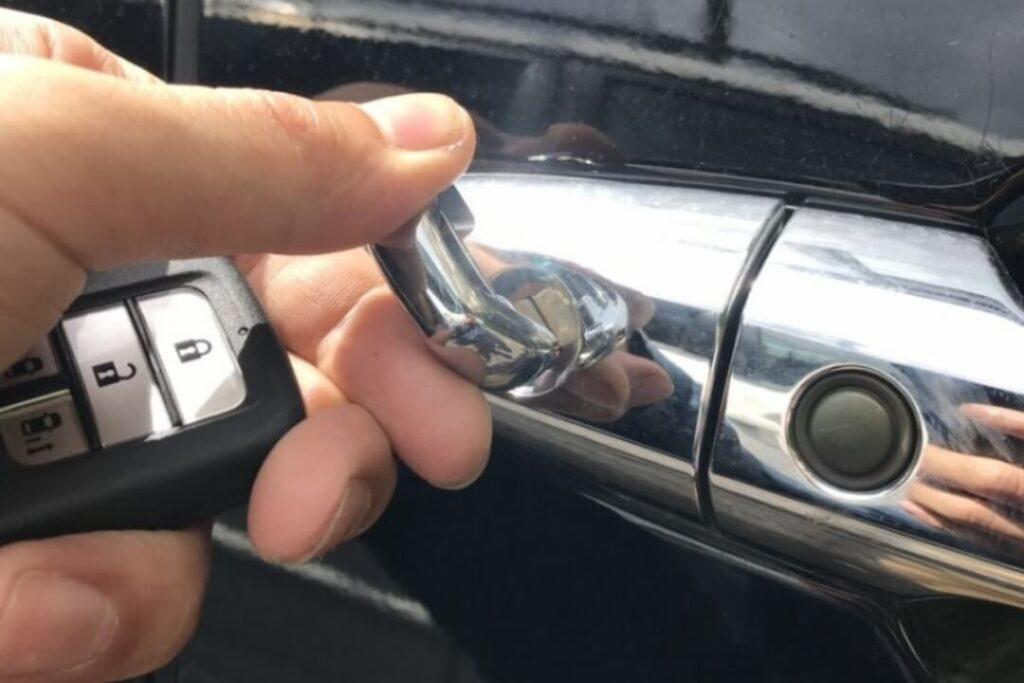 ステップワゴンの鍵紛失によるメカニカルキー作製