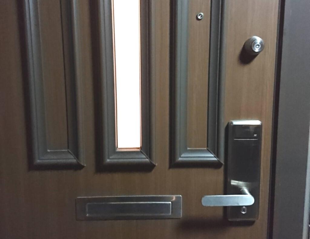 茨城県牛久市へ玄関の解錠に出張対応