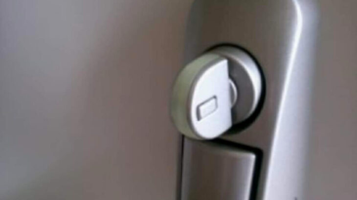 MIWA U1サムターンの解錠|鍵を壊すことなく無傷で開けます!