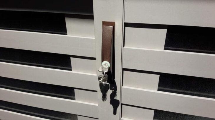 引戸錠・引違い戸錠の鍵交換に出張対応 ドアの加工もお任せ下さい♪