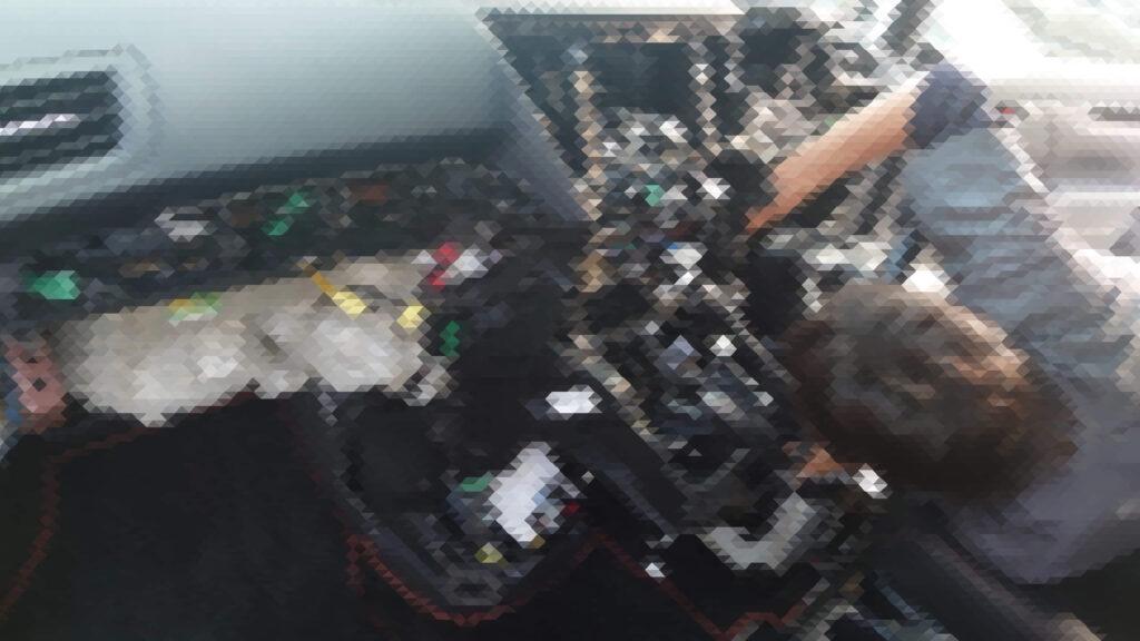 アルファード30系の鍵紛失による内装の分解作業