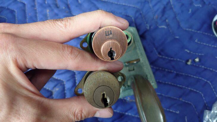 WEST製サムラッチ錠の鍵交換|珍しい型番も即日対応しております