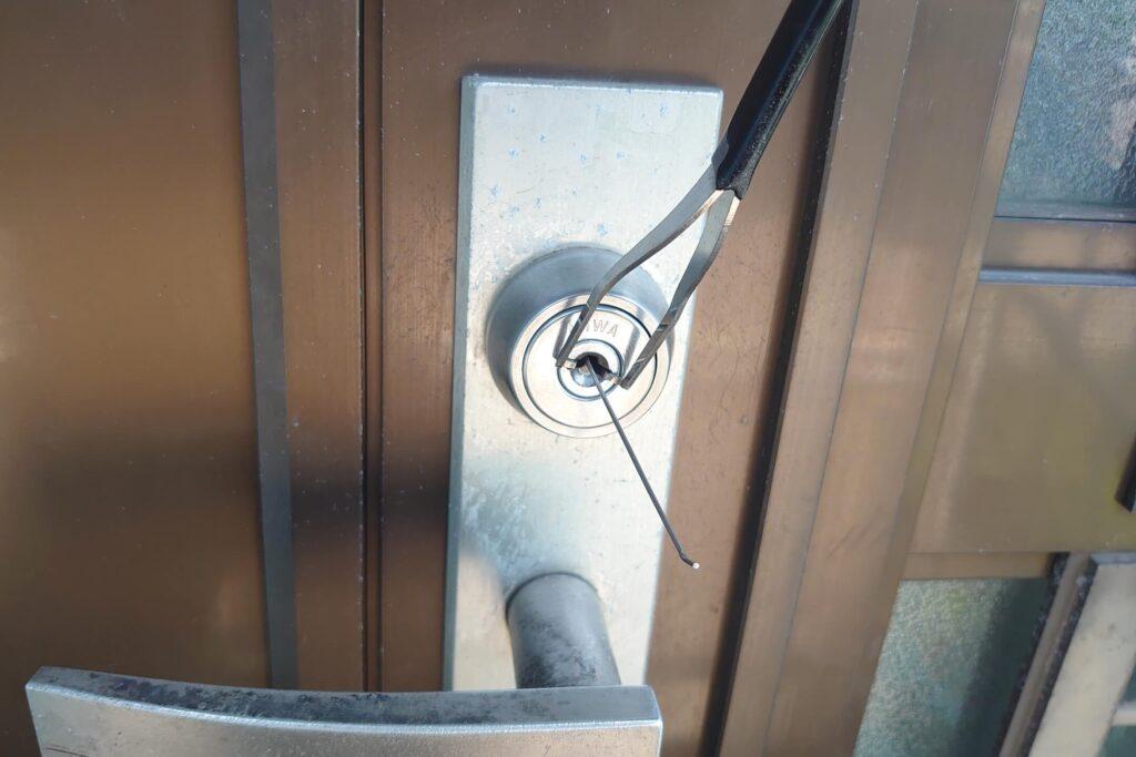 MIWA社のディスクシリンダーをピッキング解錠