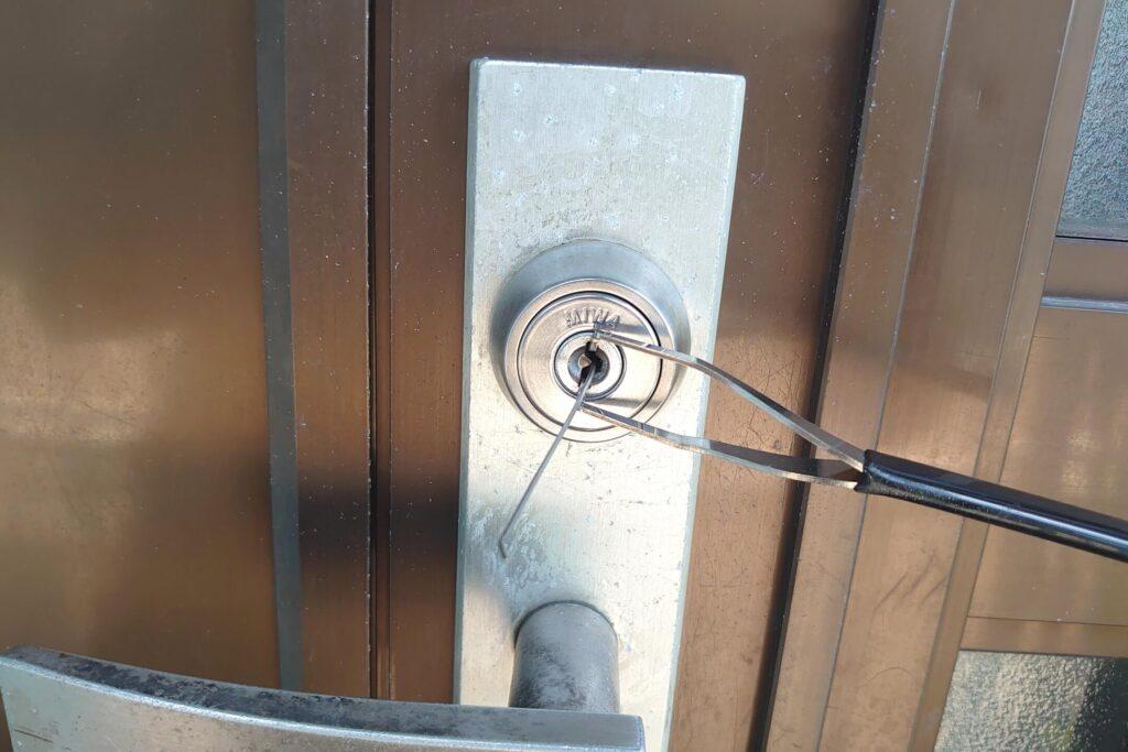 MIWAの鍵を開錠治具&ピッキングで開錠