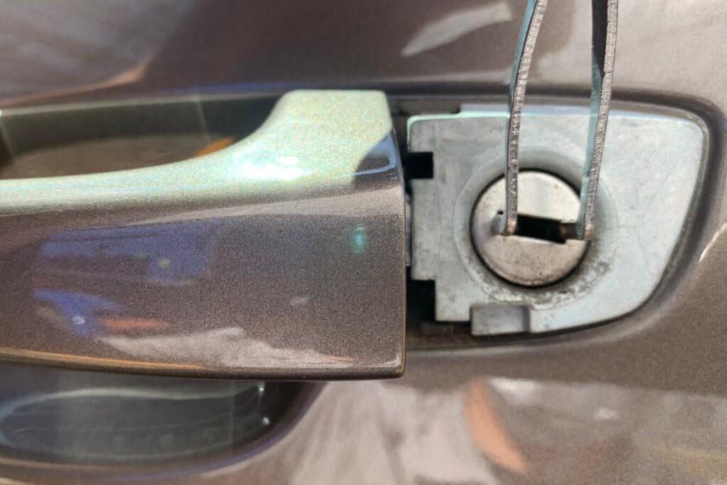 ポルシェのインロック開錠に強い出張鍵屋